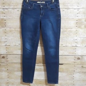 OLD NAVY The Rock Star Jean's Size 6